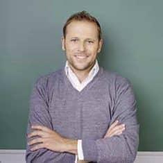 Hr. Bernd Sobonek, Nachhilfelehrer in Linz